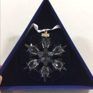 Swarovski 2010 Crystal Christmas Ornament